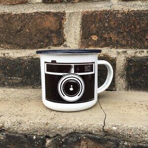 Kamera Emailletasse / Emaillebecher - ilovemixtapes