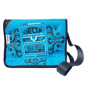 Messenger bag Size M hergestellt aus gebrauchten Kites UNIKAT - Beachbreak
