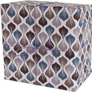 Recycling-Geschenkpapier Blüten aubergine/violett - ava&yves