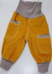 Kinder-/Baby-Mitwachshose aus senffarbenem Breitcord mit Taschen  - Omilich