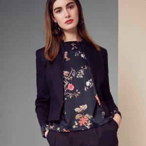 Jacke RIO schwarz mit floralem Print - JAN N JUNE