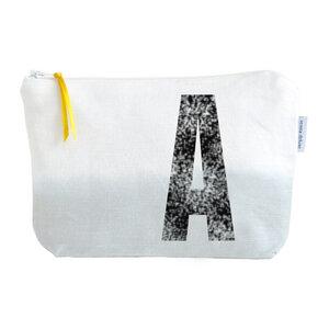 Kulturtasche und Kosmetiktäschchen mit Monogramm GRAU - renna deluxe