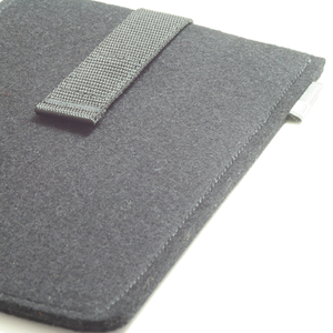 E-Reader-Hülle Filz - tuchmacherin - handgewebtes design + filz