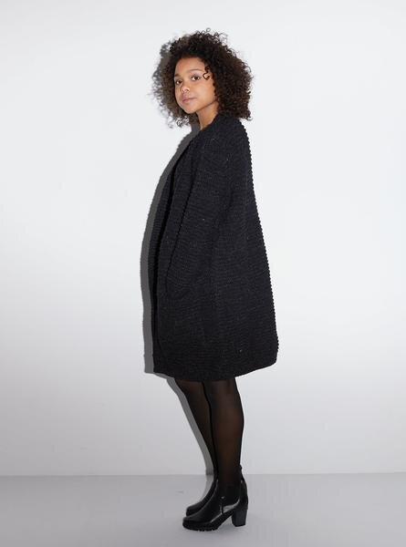 24b41444cfecfb Strickjacke Wolle - Oversized Cardigan - Dunkelblau/grau. STUDIO JUX
