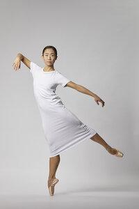 Basic Jersey Kleid aus Bio-Baumwolle  - Weiß - LUXAA