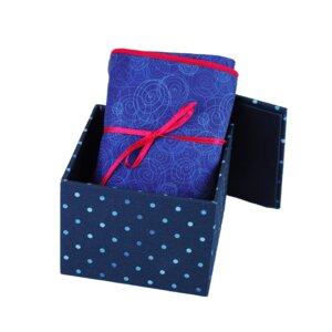 Geschenkset: Kissenbezug in stoffbezogener Box Dance Blue - Biostoffe Berlin by Julie Cocon