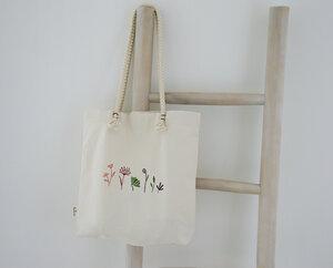 """Tragetsche """"Blumen"""", handbedruckt - luscinia"""