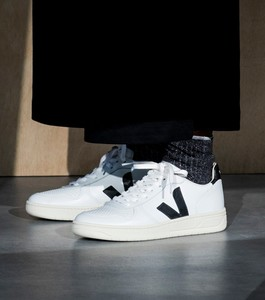 Sneaker Damen - V-10 Leather - Extra White Black - Veja