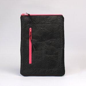 Tablet Tasche aus Piñatex® / Schwarz und Pink - Belaine Manufaktur