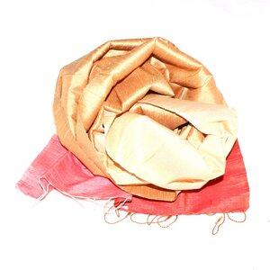 ESTELLE Edler Schal aus handgewebter Seide - Schönes aus Indochina