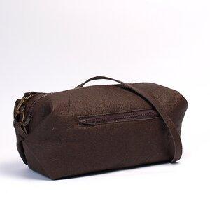 Tasche aus Piñatex® in Schwarz, Gold und Braun - Belaine Manufaktur