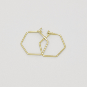 Creole 'hexagon'  - fejn jewelry