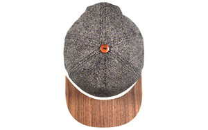 Tweed Cap mit edlem Holzschild - Made in Germany - Sehr bequem - Lou-i