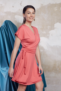 Viskose Wickelkleid Ann in Pink kurz - ManduTrap