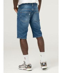 Simon Short - Mud Jeans