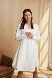 Ausgestelltes Kleid mit langem Arm - NINA REIN