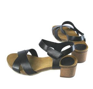 Sandale überkreuzt mit kleinem Absatz - Jonnys