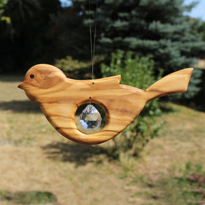 Fensterdeko Vogel aus Holz mit Bleikristall Tropfen - Mitienda Shop