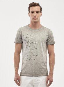 Herren T-Shirt aus Bio Baumwolle mit asymmetrischem Druck - ORGANICATION
