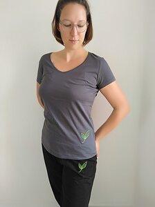 T-Shirt V-Ausschnitt dunkelgrau kleines Blatt - Biyoga