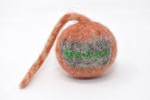Hunde-Schleuderball aus Bio Wollfilz schwimmfähig, div Farben & Größen - Herz & Hund