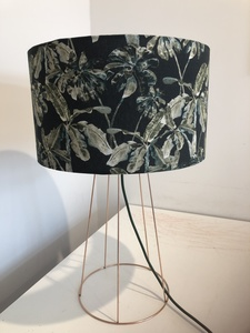Große Tischleuchte Big Botanic Garden - my lamp