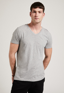Herren T-Shirt mit V-Ausschnitt, T-Shirt aus Biobaumwolle, GOTS - PHYNE