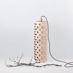 Modulare Bodenleuchte aus Birkenrinde mit Messingfassung ø15cm - MOYA Birch Bark