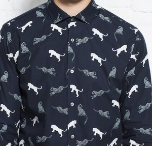 Hemd mit Muster - Metro Shirt Slim - all over print wild cat - Wunderwerk