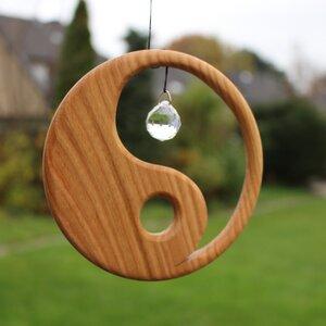 Fensterdeko aus Holz | Yin Yang mit Kristall - Mitienda Shop