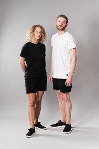 soki T-Shirt aus Bio-Baumwolle black or white - soki Kassel
