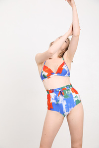 """Triangel-Bikini Top mit verstellbaren Trägern """"BIKINI TOP No. 4 print"""" - MARGARET AND HERMIONE Swimwear Vienna"""