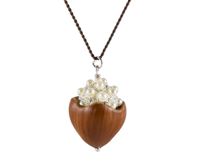 Haselnuss Nylonseide Kette Blütenweiß Perlen - Zimelie