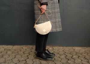 Handtasche, Moonbag compact, Piñatex - Herdentier