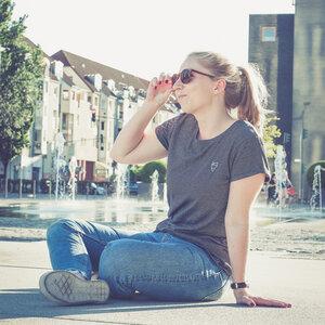 Cityfox Stick – Frauen Shirt – Black White Striped - dressgoat