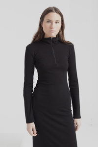 Midi Kleid - black lin neck dress - thinking mu