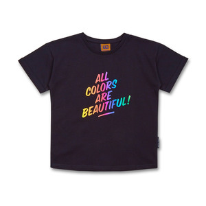 "Kinder relaxed T-Shirt ""All Colors are Beautiful"" relaxed T-Shirt (Bio-Baumwolle, kbA) - Manitober"