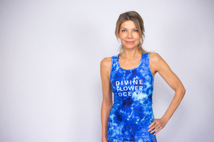 Divine Flower Ocean: Sports Top Lilaia - Divine Flower by Ursula Karven