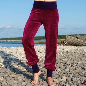 Yoga und Wohlfühlhose berry/lila - Cmig