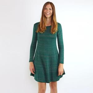Strickkleid Amber Smaragd aus Biobaumwolle - Gary Mash