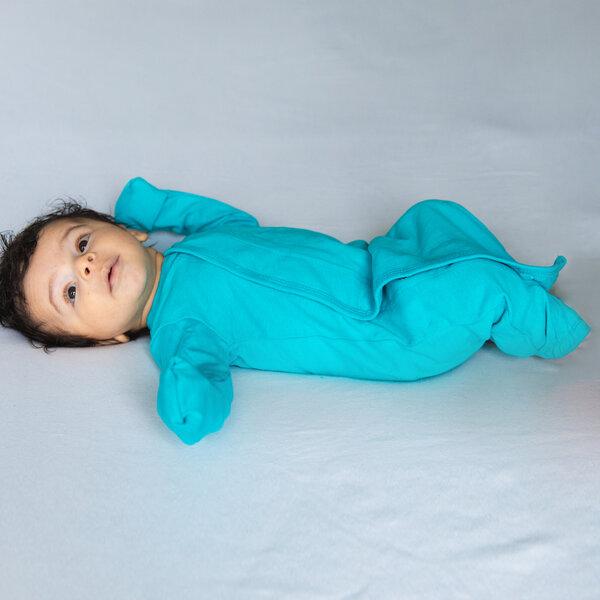 Reibt füße aneinander baby Wie meine