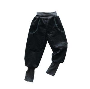 Kinder Cord Pumphose aus Bio Baumwolle schwarz Mitwachshose Genuacord - betus