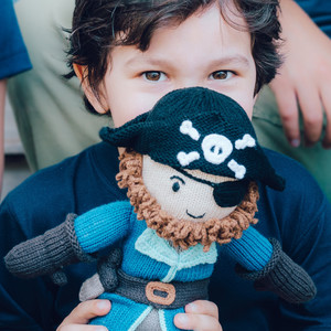 Bio Puppe Pirat Kapitän Sam (30cm) aus Fairem Handel - Chill n Feel