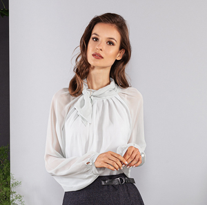 Schluppenbluse mit Stehkragen und Schleife grau-weiß Viskose - SinWeaver alternative fashion