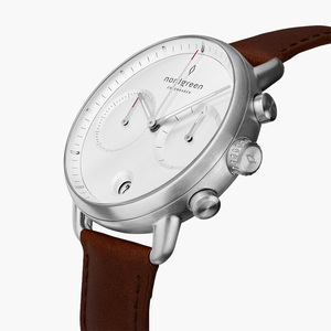 Chronograph Pioneer Silber   Weißes Ziffernblatt - Lederarmband - Nordgreen Copenhagen