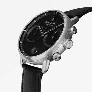 Chronograph Pioneer Silber | Schwarzes Ziffernblatt - Lederarmband - Nordgreen Copenhagen