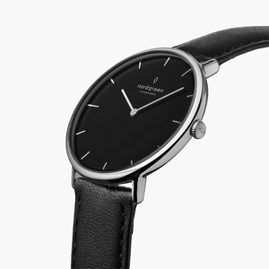 Armbanduhr Native Silber | Schwarzes Ziffernblatt - Veganes Leder - Nordgreen Copenhagen