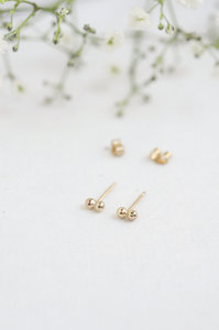 Ohrringe - delicate dot studs - Wild Fawn Jewellery