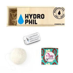 Pflege Set mit Lippenbalsam, Konjac Schwamm & fester Kakaobutter - HYDROPHIL