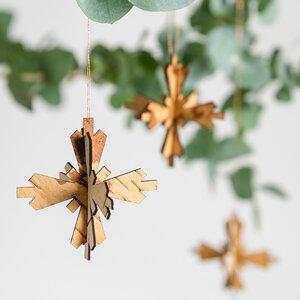Schneeflocke / Weihnachtsanhänger aus echter sibirischer Birkenrinde - MOYA Birch Bark
